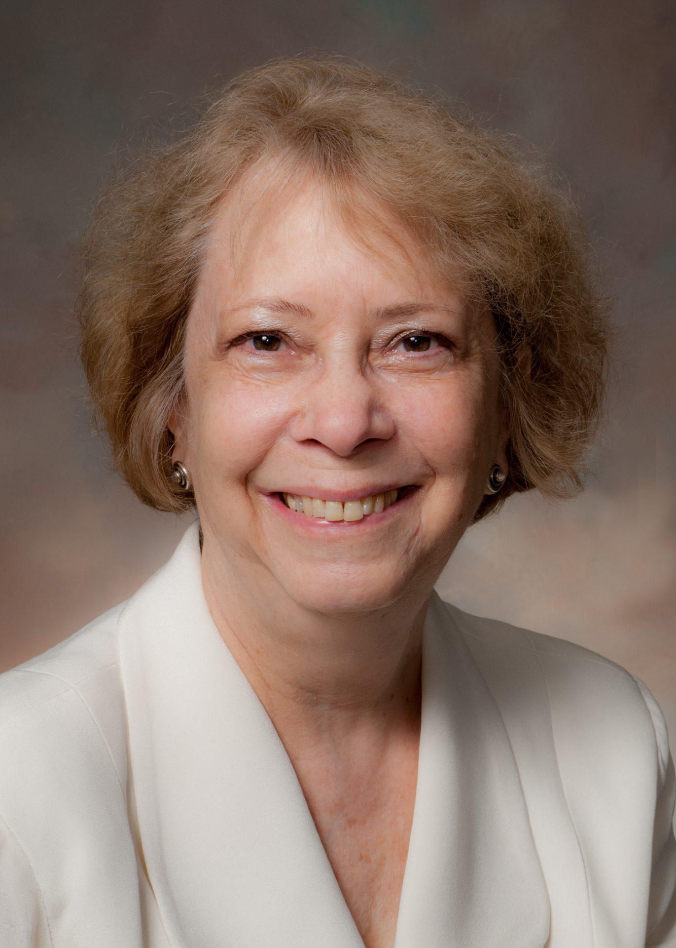 Dr Barbara Barzansky